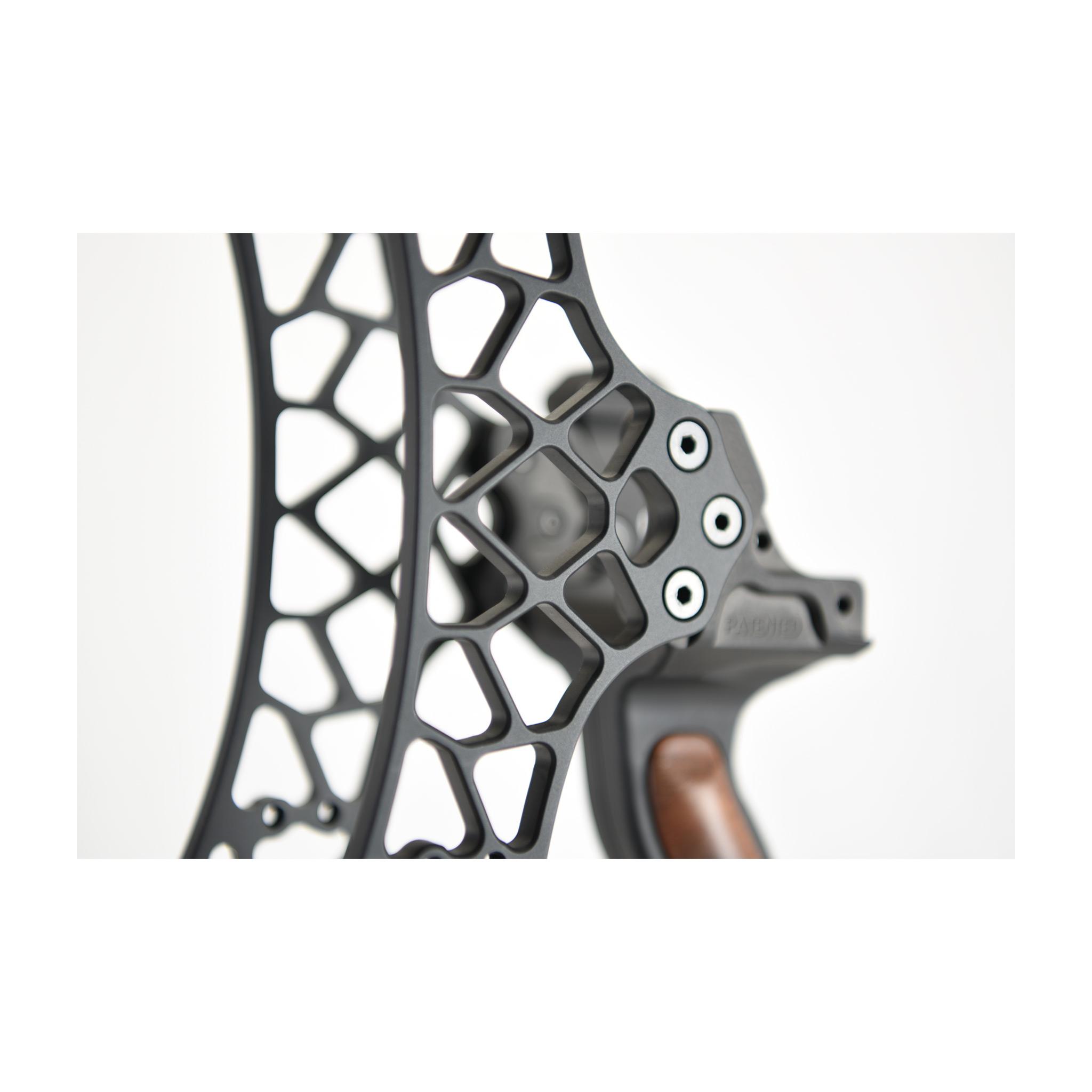 Poignée standard anodisée BLACK de la série PRO ALU de Gearhead Archery